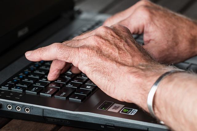 Umowa zlecenie dla emeryta
