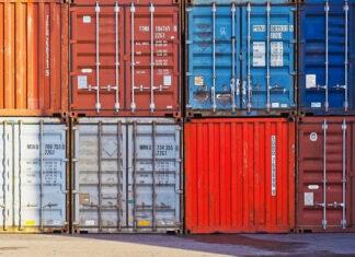 Bezpieczny import