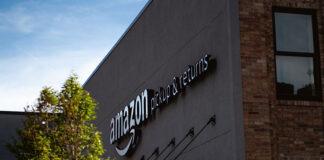 sprzedawanie na Amazon