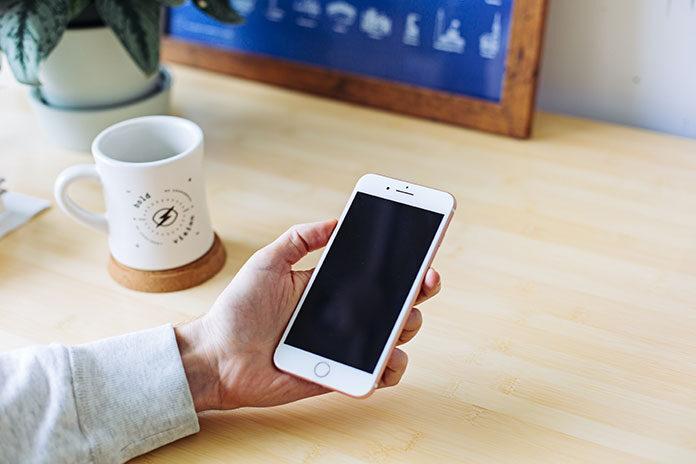 Jakie zalety mają płatności mobilne
